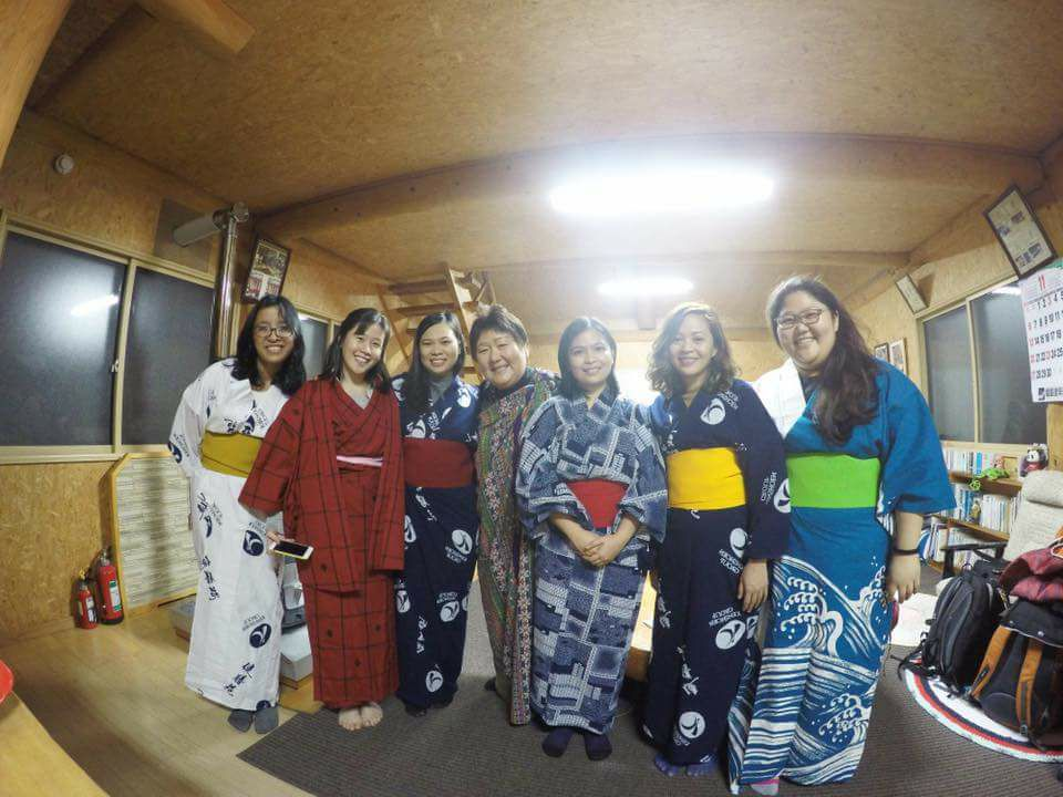 From left to right, Carissa, Jackie, Jenna, our mom Hisako-san, Ethel, me and Hannah in Yukatas and a Kimono. My homestay family!